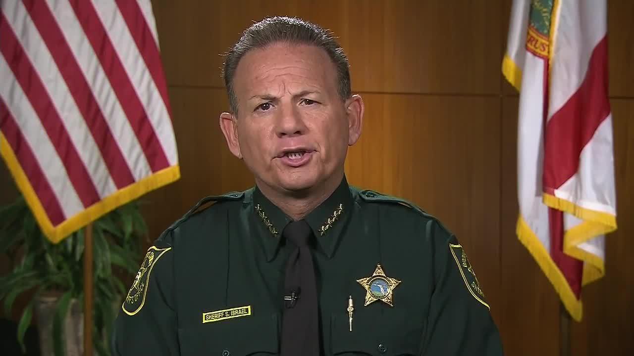Deputies heard shots but didn\'t enter Stoneman Douglas,...
