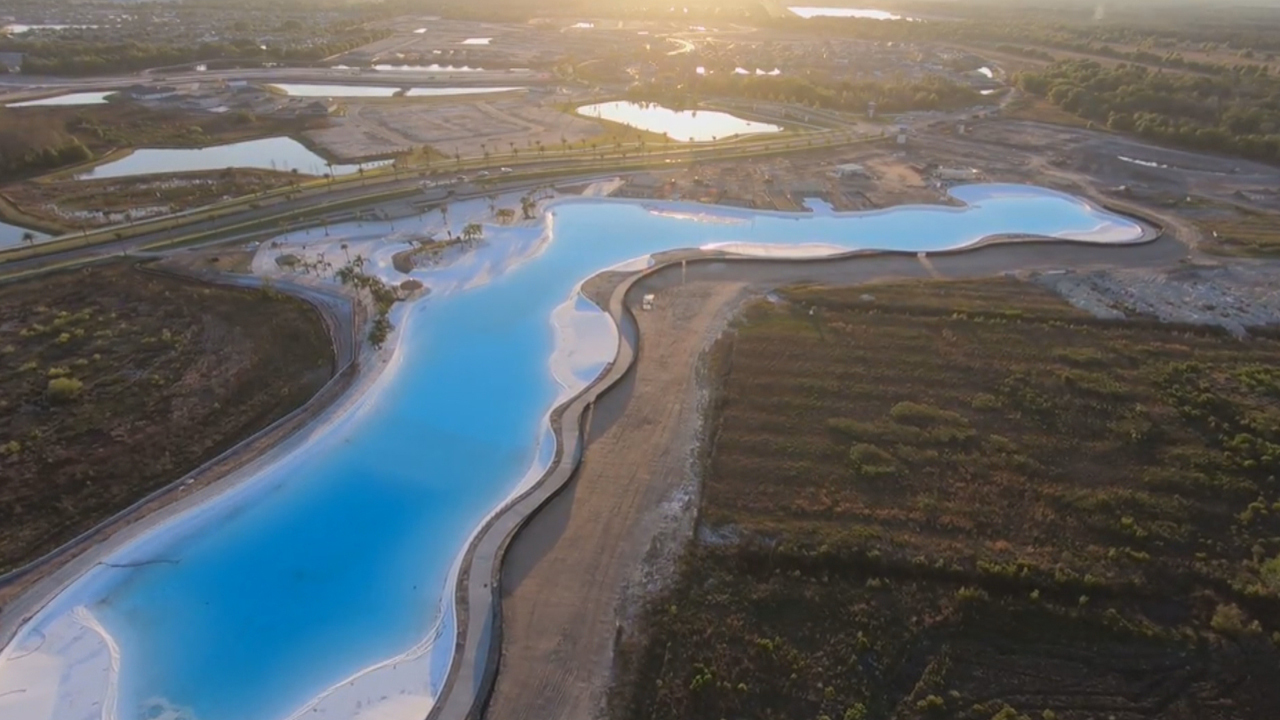 First man-made Crystal Lagoons park in U S  opens in Florida