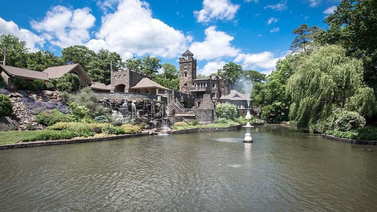 Marlins Owner Derek Jeter Selling Castle For Nearly 15m