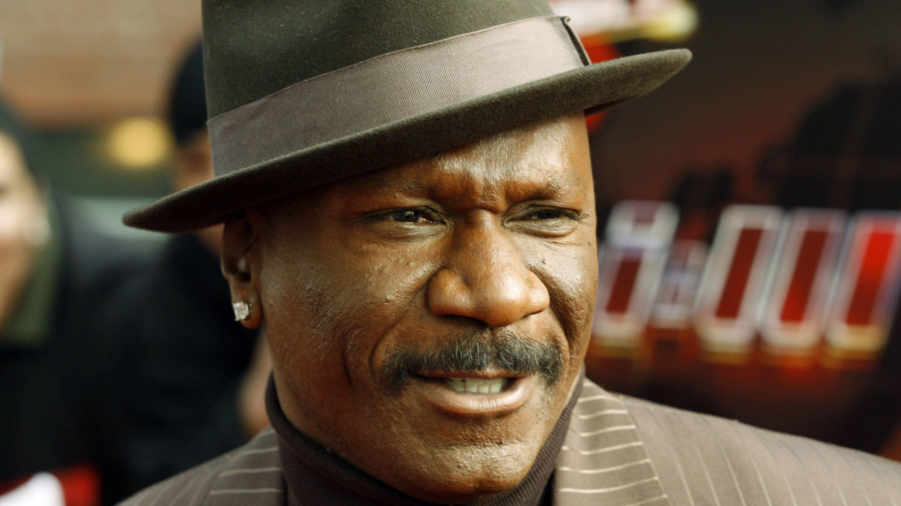 Ving Rhames says officers pulled their guns on him in his own.