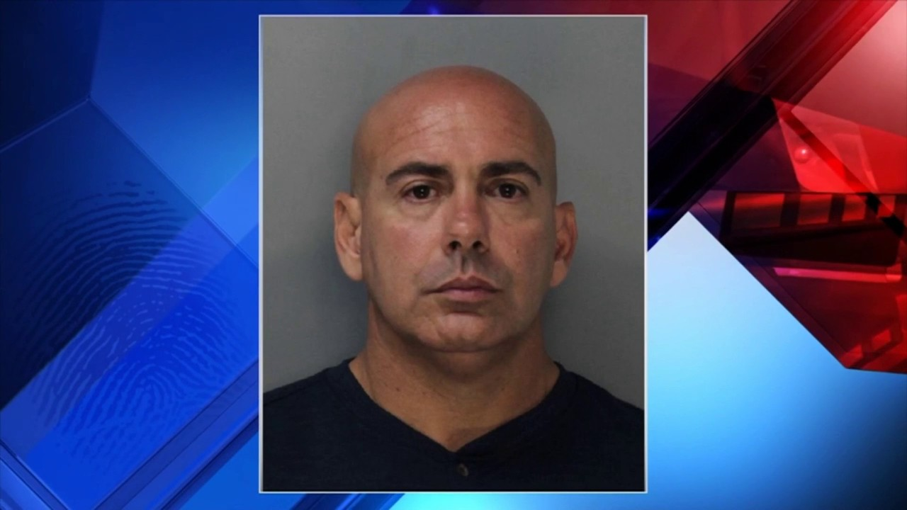 Miami-Dade police lieutenant accused of molesting girl over course of 2 years
