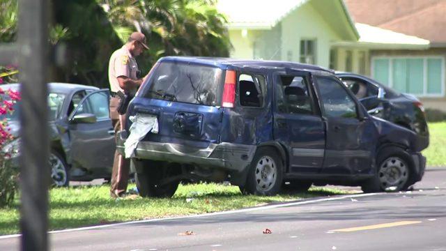 Girl killed, 7 injured in car crash in northwest Miami-Dade