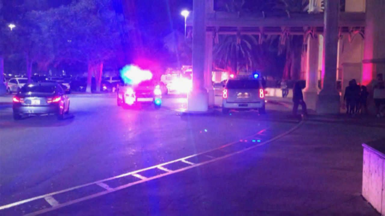 Reports of 39 shots fired 39 at pembroke lakes mall - Palm beach gardens mall shooting ...