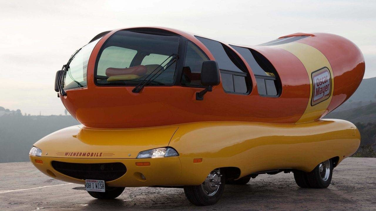 Hot-diggity dog! Oscar Mayer looking for Weinermobile driver