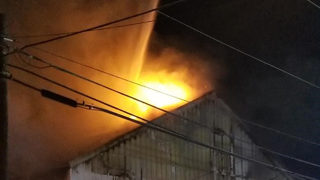 Large fire breaks out at warehouse in Tamarac, officials say