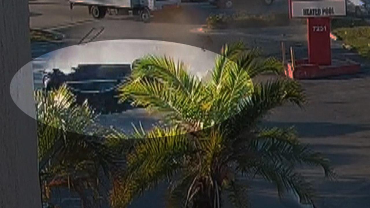 VIDEO: Horrific rollover crash in Sarasota leaves teen in