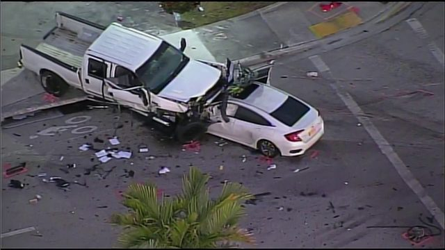 1 dead, 3 injured in collision on University Drive in Sunrise