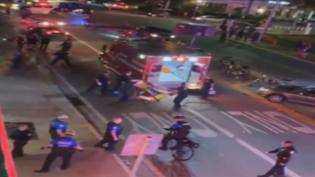 Man hospitalized after being stabbed on Miami Beach