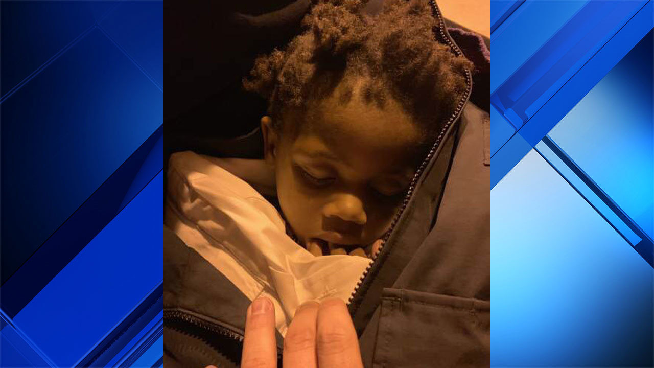 Toddler found wandering alone in West Palm Beach park