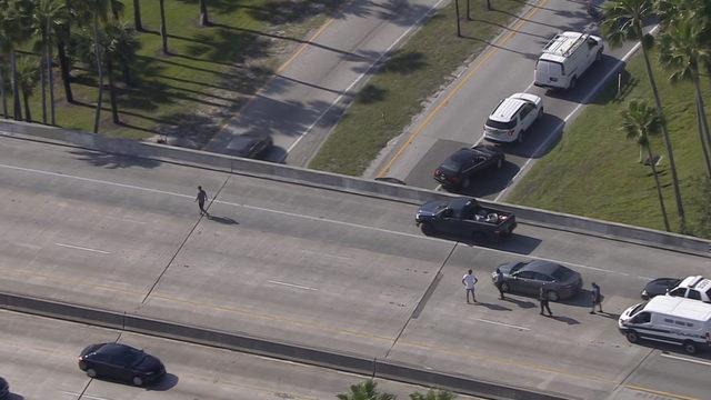 Shots fired at car on Miami Beach causeway