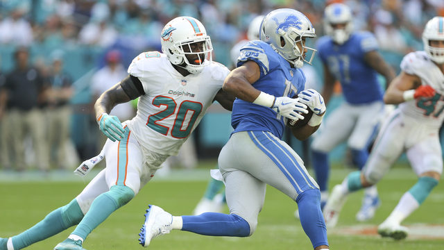 Jones attends Dolphins mini-camp after skipping offseason practices