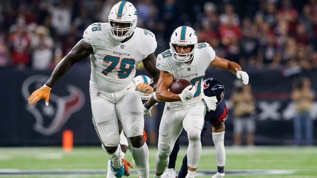 Dolphins pick up fifth-year option on Tunsil