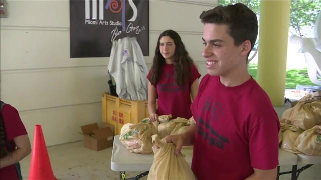Teenage boy organizes food give-away event in Miami