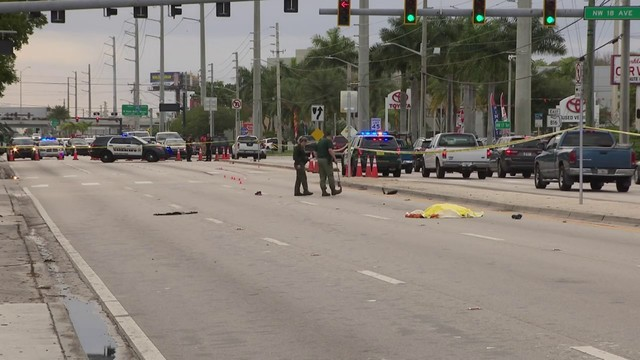 Deputies investigate after pedestrian is killed in Oakland Park