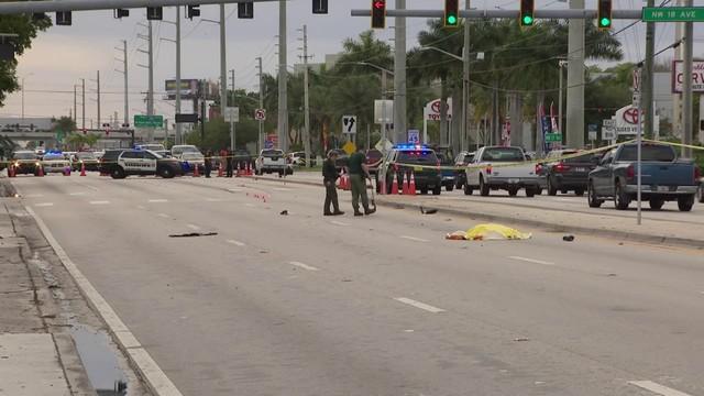 Deputies investigate after pedestrian is killed in Oakland Park