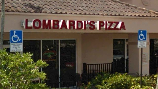 Mold falling into ice at Lombardi's Pizza in Sunrise&#x3b; roaches return to&hellip&#x3b;