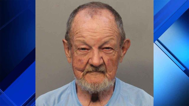 Apologetic homeless man exposes penis to woman, 2-year-old son, police say