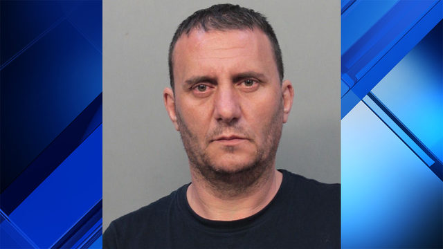 Man accused of using flash drives to steal money from multiple businesses