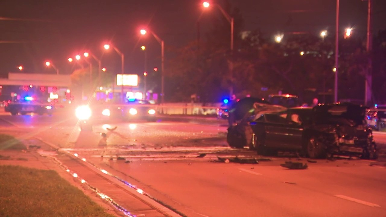 1 dead after car catches fire in Hialeah crash, officials say