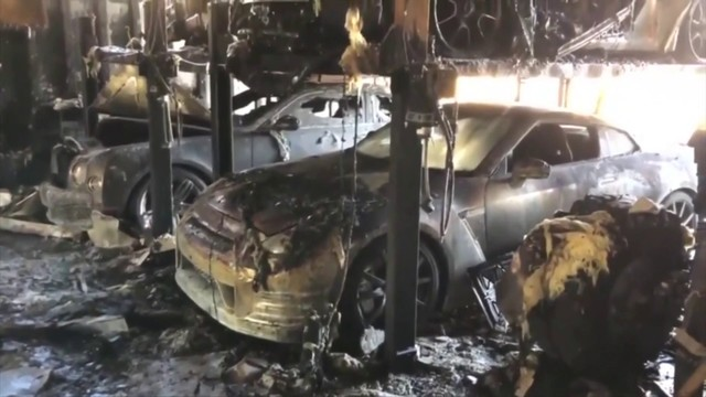 Multiple exotic vehicles destroyed in Fort Lauderdale house fire