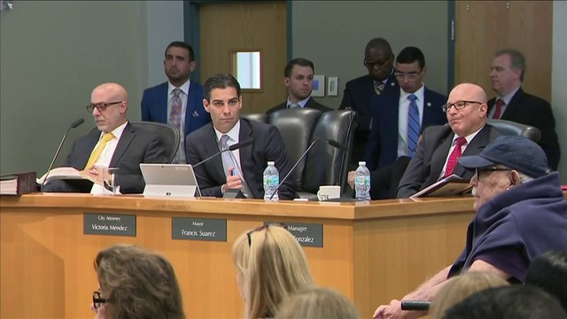 Miami commissioners uphold mayor's veto on Coconut Grove Playhouse