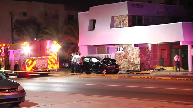 3 teens fatally struck by car in North Miami
