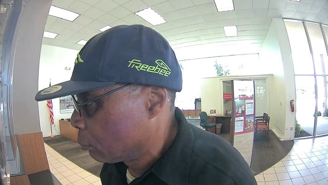 FBI releases surveillance images of Fort Lauderdale bank robber