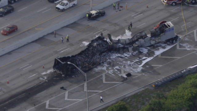 At least 1 dead after tractor-trailers crash, burn on I-95 in Boynton Beach