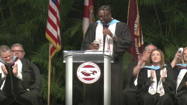Wade makes surprise speech at Stoneman Douglas graduation ceremony