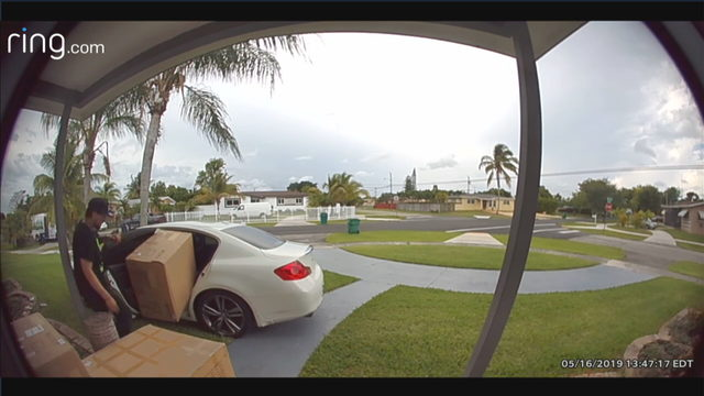 Thief caught on camera stealing package in southwest Miami-Dade