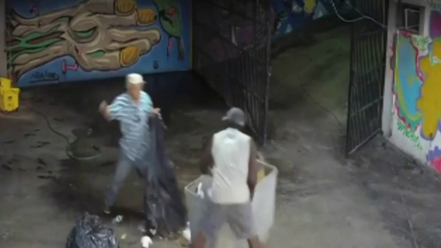 Parking garage robbery caught on camera in Miami