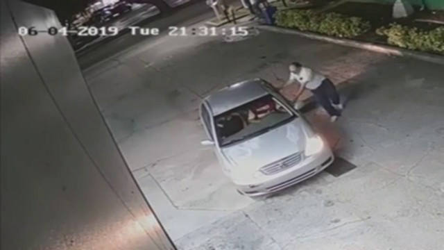 Robbers caught on camera snatching man's wallet, running him over in Hollywood