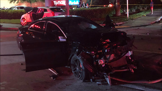 2 vehicles involved in accident in Fort Lauderdale