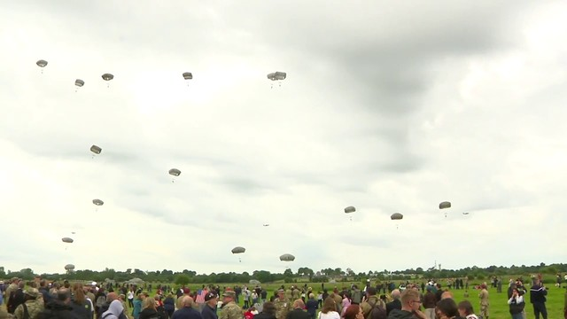 Paratroopers pay tribute to D-Day survivors at Normandy