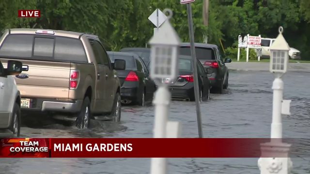 Drivers report flooding in areas of South Florida