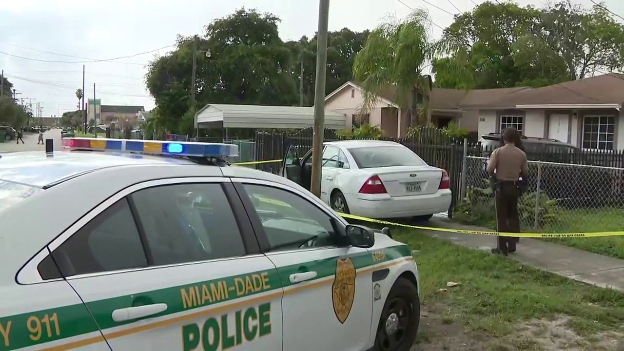 Police pursuit ends in Miami-Dade arrest of driver in car with Texas tag