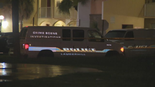 Police investigate fatal shooting at Lauderhill apartment complex