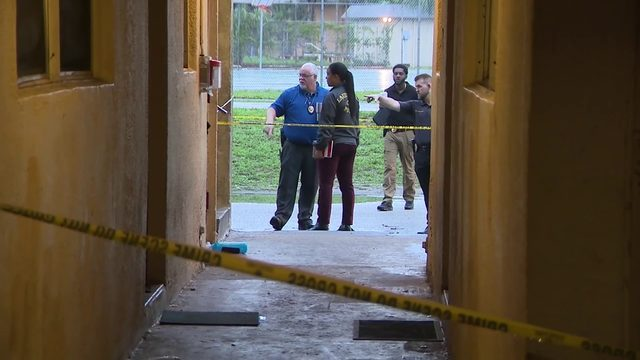 Man shot to death at Lauderhill condo complex