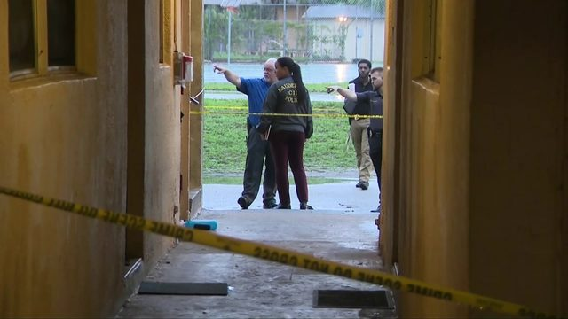 Man shot to death in Lauderhill