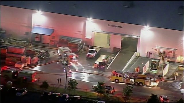 Fire breaks out at northwest Miami-Dade warehouse