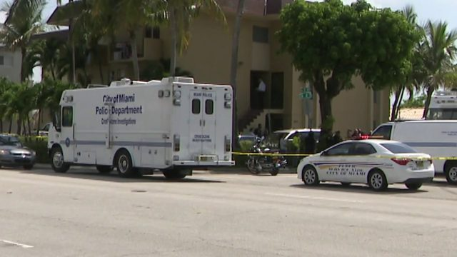 Miami police fatally shoot man accused of stabbing woman at apartment