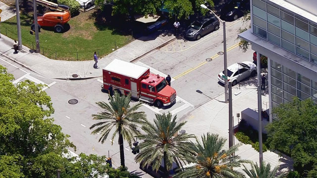 Employees transported from Miami-Dade detention center due to unknown substance