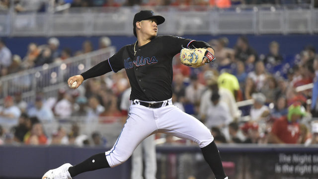 Marlins rally from 5-run deficit to beat Phillies, 9-6