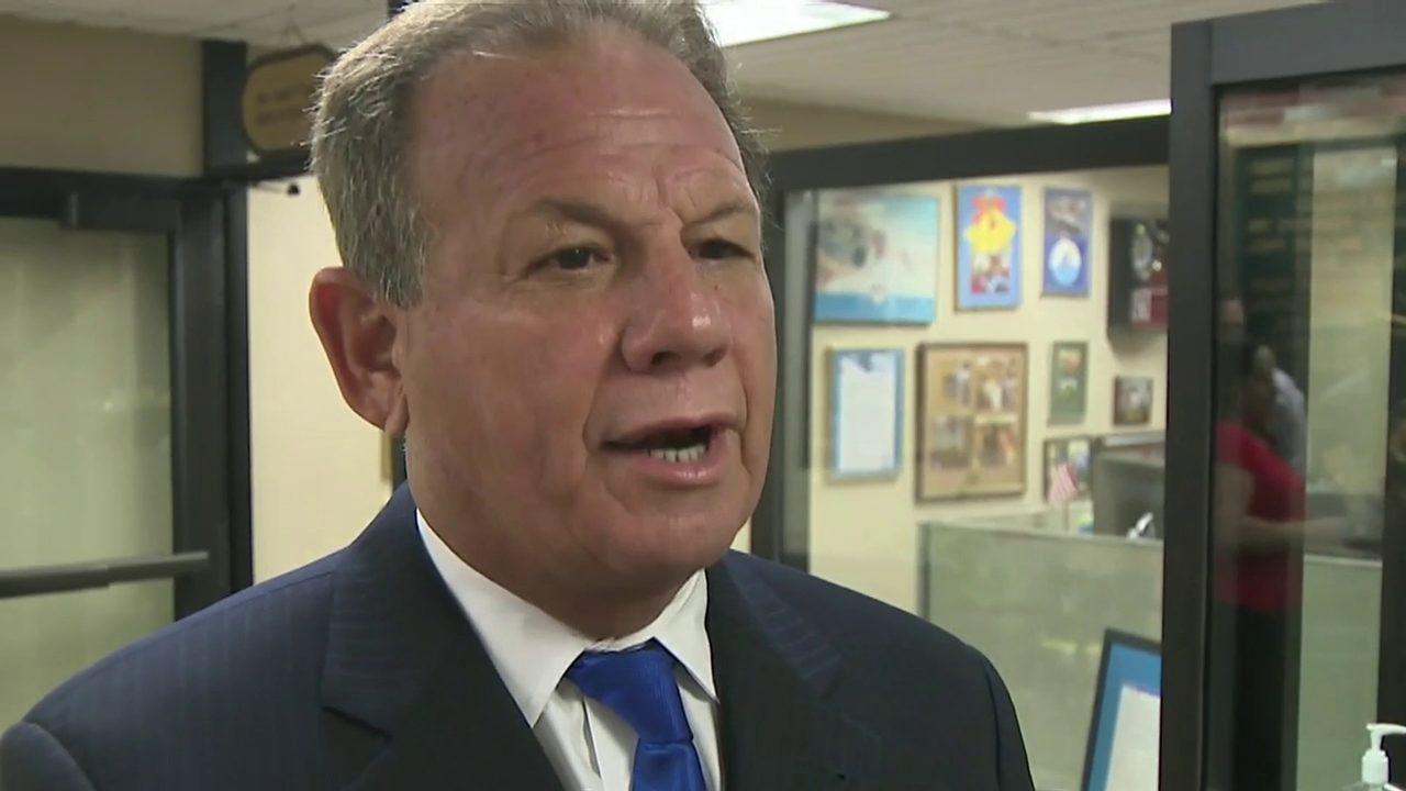 Scott Israel files paperwork to run again for Broward County