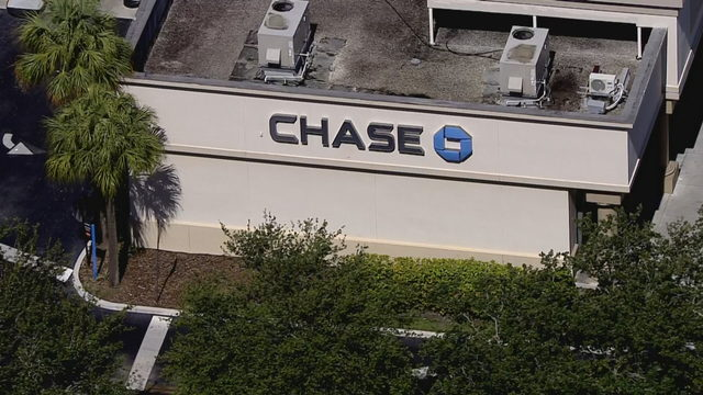 Robbery reported at Chase Bank branch in Pompano Beach