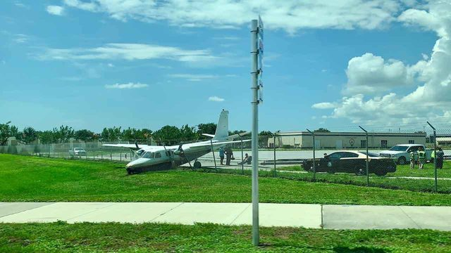 Small plane skids off runway at Boca Raton Airport