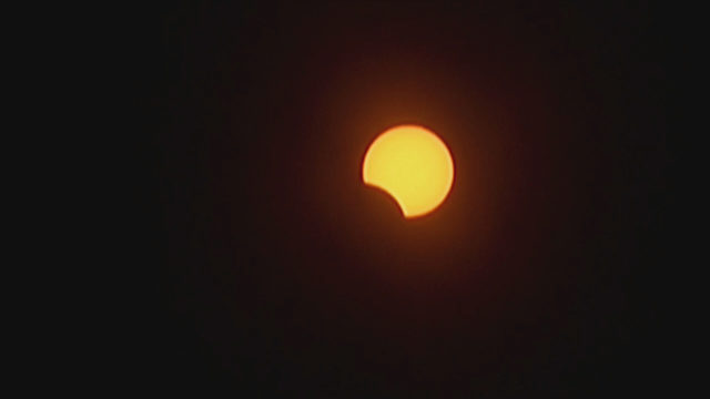 Solar eclipse moves across South America