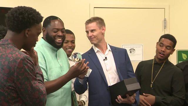 South Florida coach receives honorary ESPY award