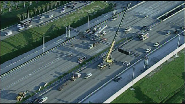 Overhead sign removal prompts emergency closure of Florida's Turnpike