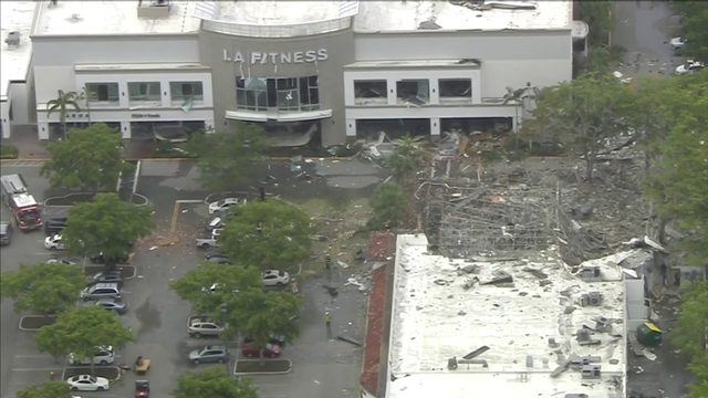23 people injured after gas explosion at Plantation shopping center